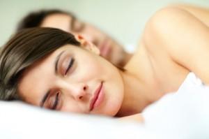 mieux dormir avec un surmatelas rafraichissant